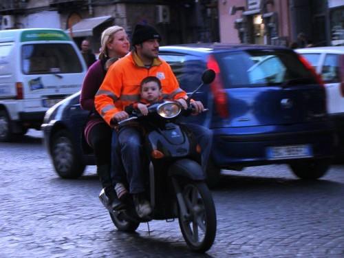Droit devant - Naples 2010