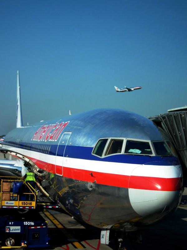 AMERICAN AIRLINES - Chicago 2012