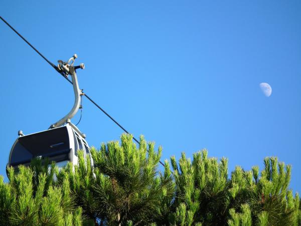 Vert la lune - Lisbonne 2010