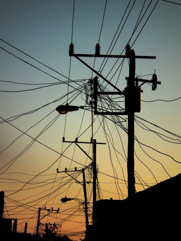 CALLE ELECTRICIDAD - Cuba 2012