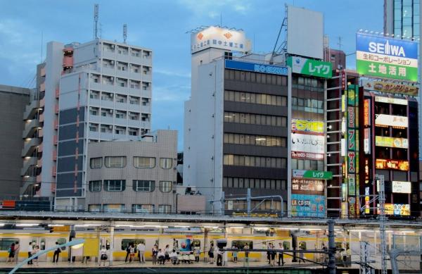 Train train - Tokyo 2013